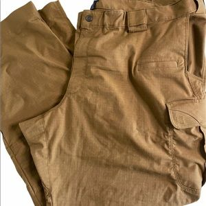 Men's 5.11 Tactical Series Cargo Pants sz 48